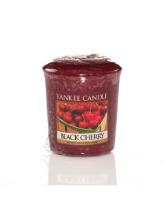 Yankee Candle Black Cherry - Votive Candle