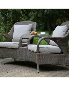 4 Seasons Sussex Loveseat