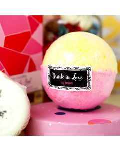 Dunk in Love Watercolours bath Bomb